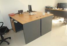 方圆胶板办公桌BJ011